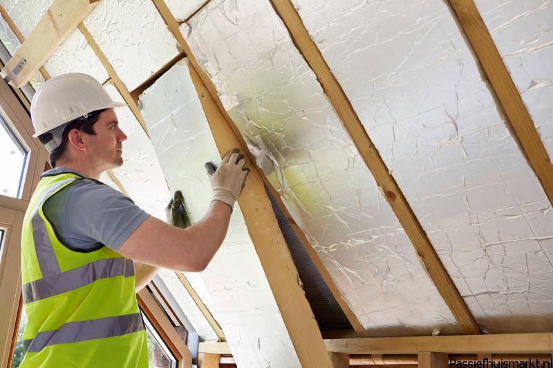 PIR-platen dak bevestigen
